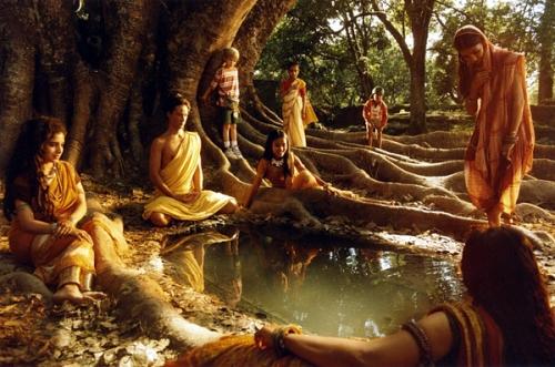 Buda amb filles Mara